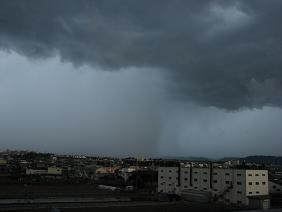10%嵐の予感IMG_5411.JPG